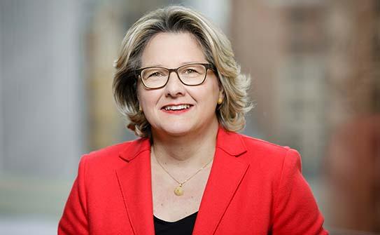 Portrait Svenja Schulze